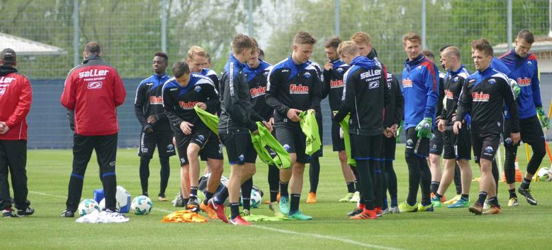 SC Paderborn team at soccer practice