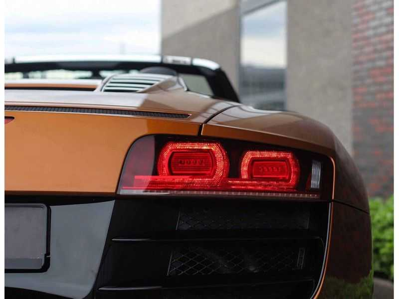 Audi R8 Spyder 5.2 V10 FSI *Magnetic Ride*B&O*Camera* afbeelding 10