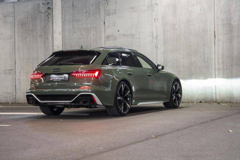 Audi RS6 Avant TFSI 600 pk quattro | 25 jaar RS Package | Dynamic Plus pakket | Keramische Remschijven | Audi Exclusive Lak | Carbon | Pano.dak | Assistentiepakket Tour & City | 360 Camera | 280 km/h afbeelding 15