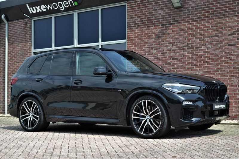 "BMW X5 M50d 400pk Skylounge Luchtv DA+ PA+ Trekh NL-auto 22"" Comfortzetels afbeelding 14"