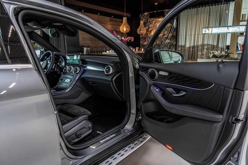 Mercedes-Benz GLC Coupé 300 4MATIC   360° camera   Panorama   Widescreen   Keyless afbeelding 21