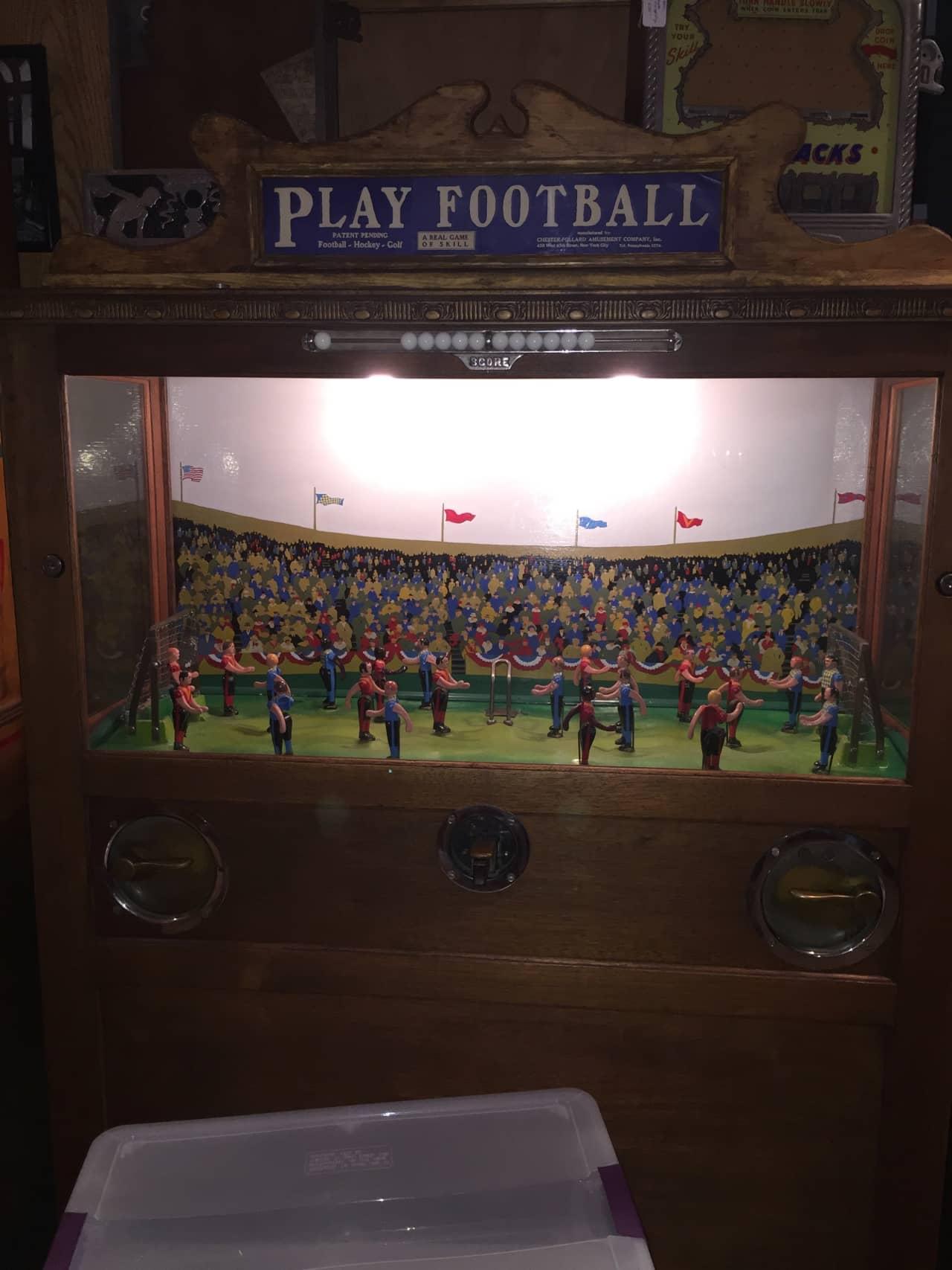 CHESTER POLLARD PLAY FOOTBALL