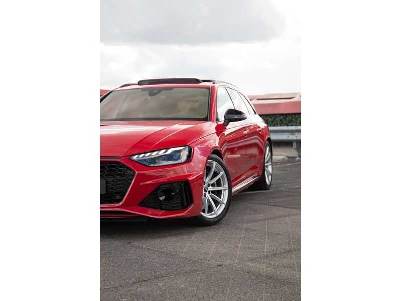 Audi RS4 Avant 2.9 TFSI quattro | 450PK | Sportonderstel Plus | Panoramadak | Inleg Carbon | B&O | Sportdifferentieel | Head-up afbeelding 25