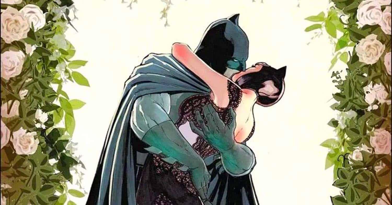 Detalhe da capa da revista Batman #50 da DC Comics com o Batman e a Mulher Gato casando