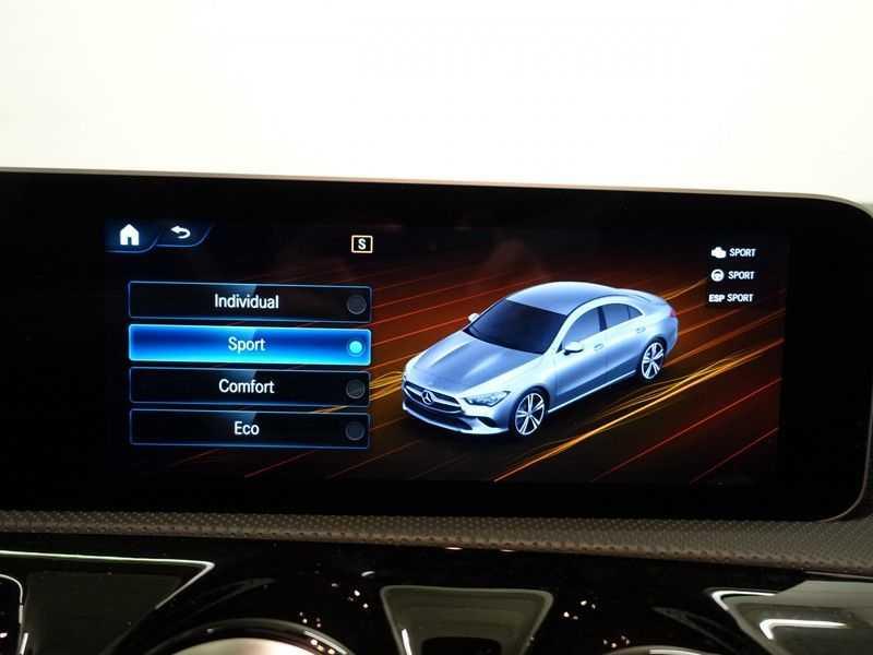 Mercedes-Benz CLA-Klasse AMG Night Edition Autom- Panodak, MBUX Widescreen, Leer, 2dkm! afbeelding 14