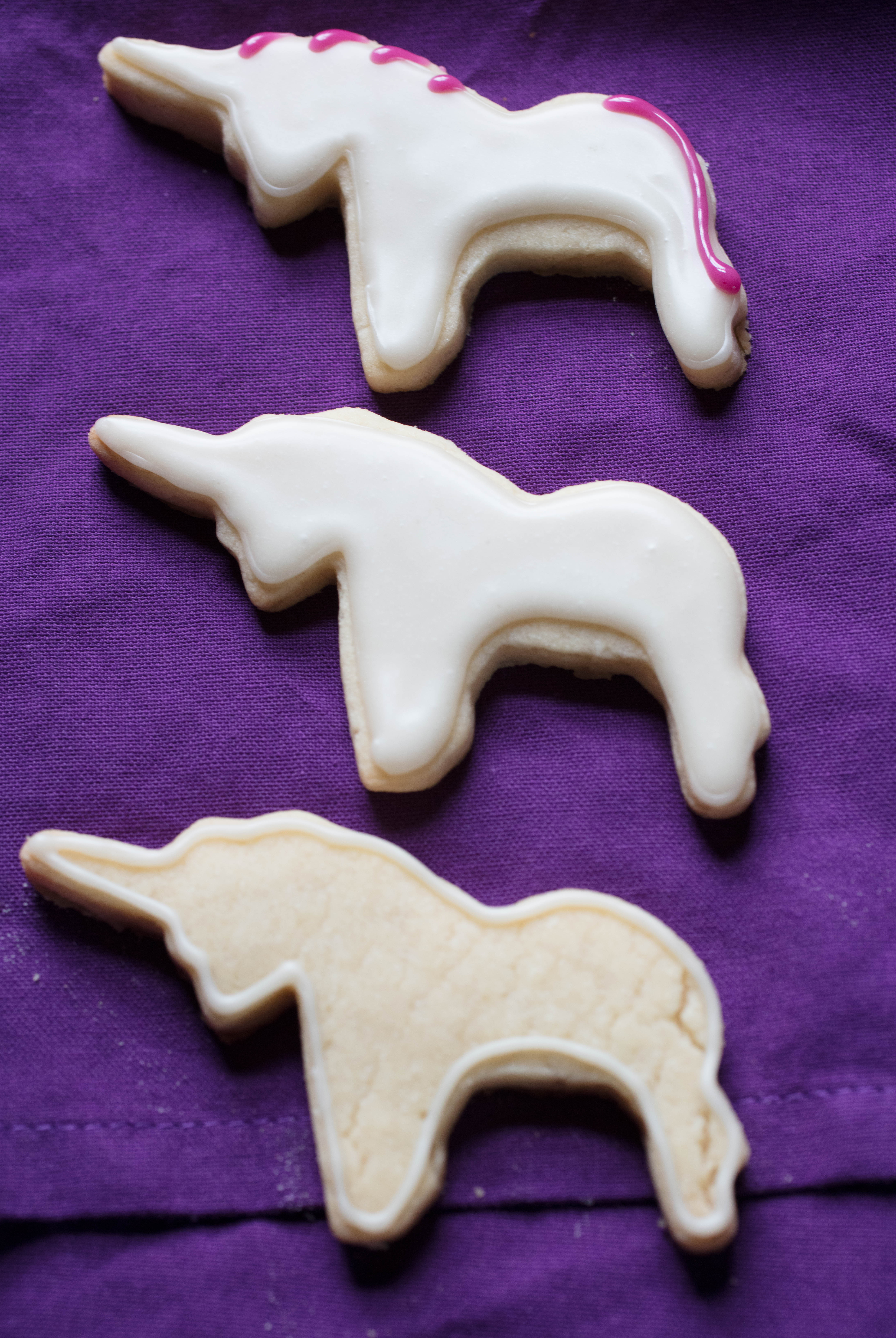 decorating vegan unicorn cookies