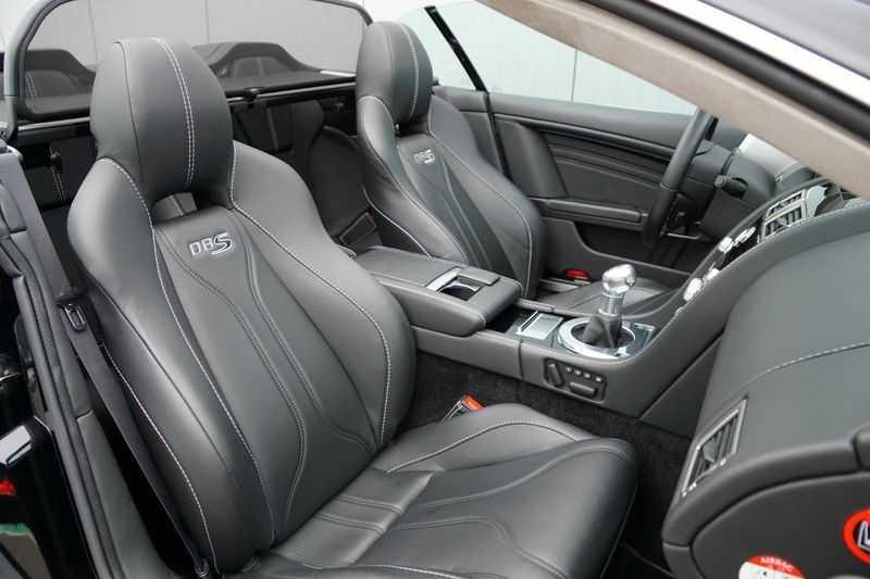 Aston Martin DBS Volante 6.0 V12 6-Speed Manual *!*Only 43 worldwide*!* afbeelding 11