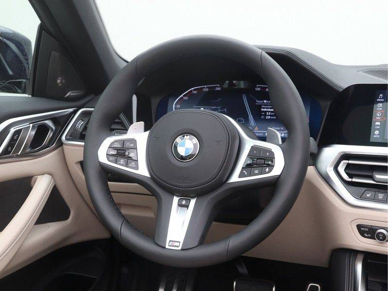 BMW 4 Serie Cabrio 420i High Executive M-Sport Automaat afbeelding 2