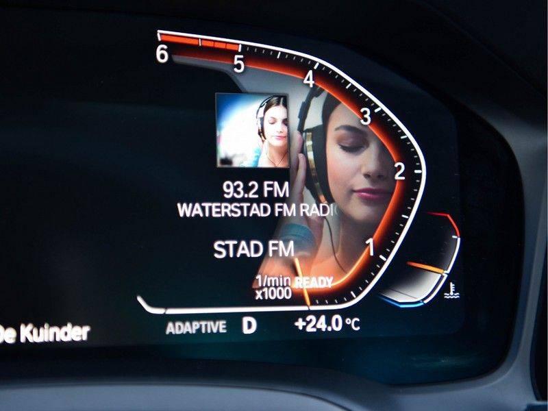 BMW 3 Serie 320d 190pk M-Performance Dak Laser HUD El-Memo Standk DA HiFi Keyless Live-Cockpit afbeelding 15