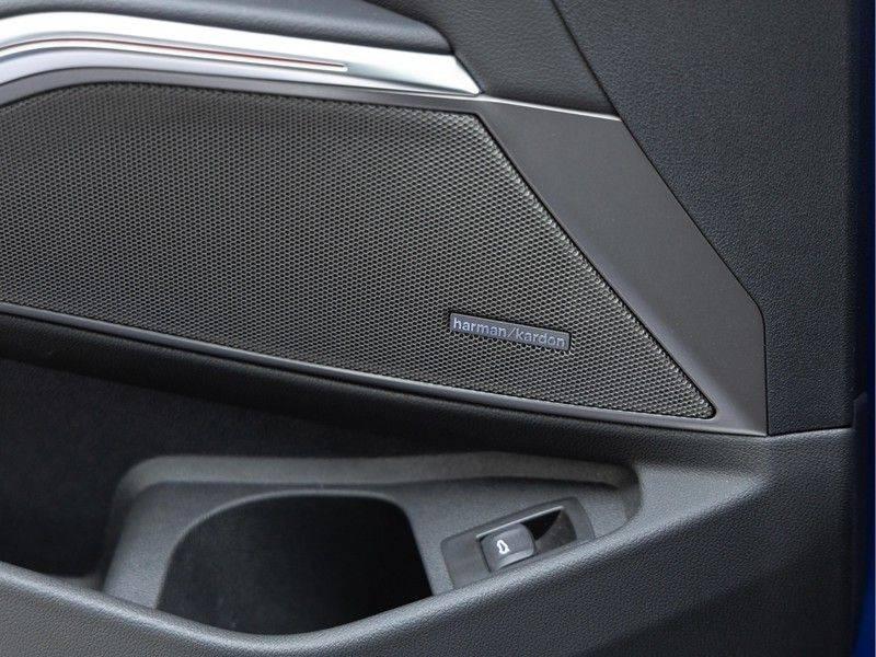 BMW 3 Serie Touring 330i M-Sport - Panorama - Trekhaak - DAB - Harman Kardon afbeelding 23