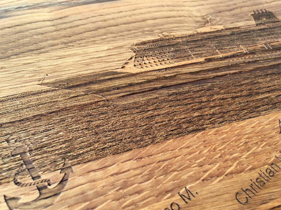 Ihr Haus, ihr Auto, ihre Yacht.  RUPPERTdesign brennt Ihr Foto mittels Laser auf das Holz.