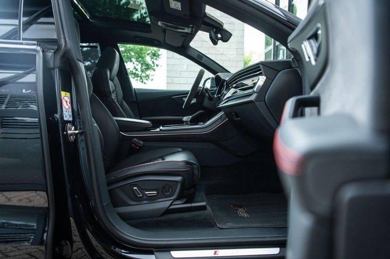 Audi RS Q8 4.0 TFSI Quattro, 600 PK, RS-Dynamic Plus Pakket, Keramiek, Keyless, Stoelventilatie, Pano/Dak, BTW, Nw. Prijs €252K!! afbeelding 10