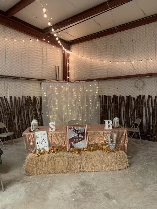 Cute decorations for a wedding at chapel falls