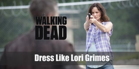 It's not a doubt that finding maternal clothes would have been hard in the post-apocalypse, so Lori Grimes might have borrowed clothes from the guys