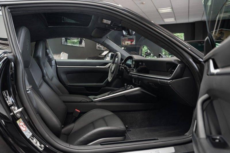 Porsche 911 992 S Sport Design Pakket Sport Chrono Sport Uitlaat Bose Pano 3.0 Carrera S Led Matrix Lift Alcantara Hemel afbeelding 19