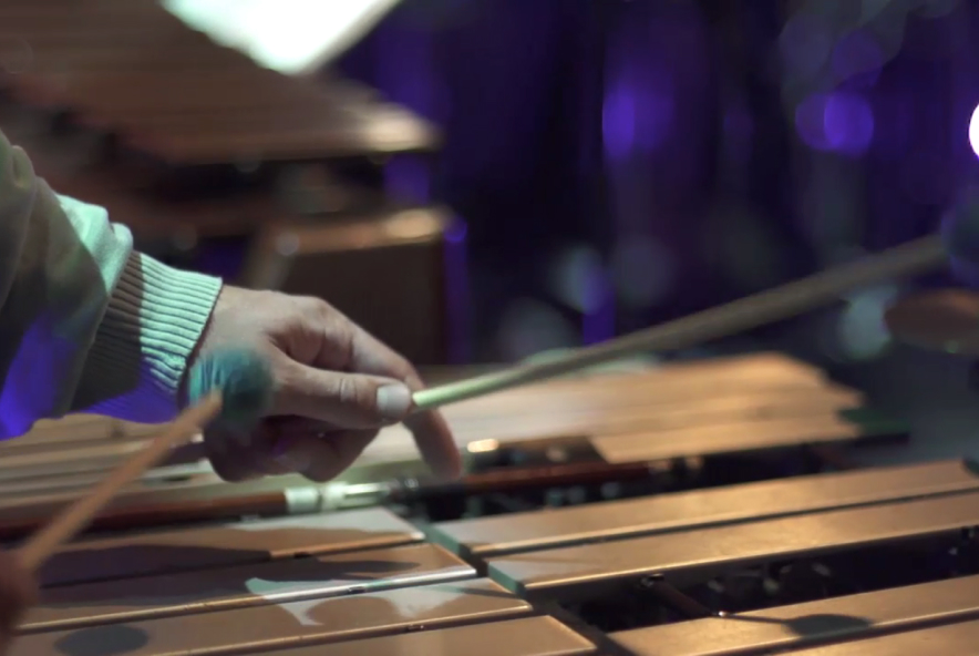 A xylophone being played