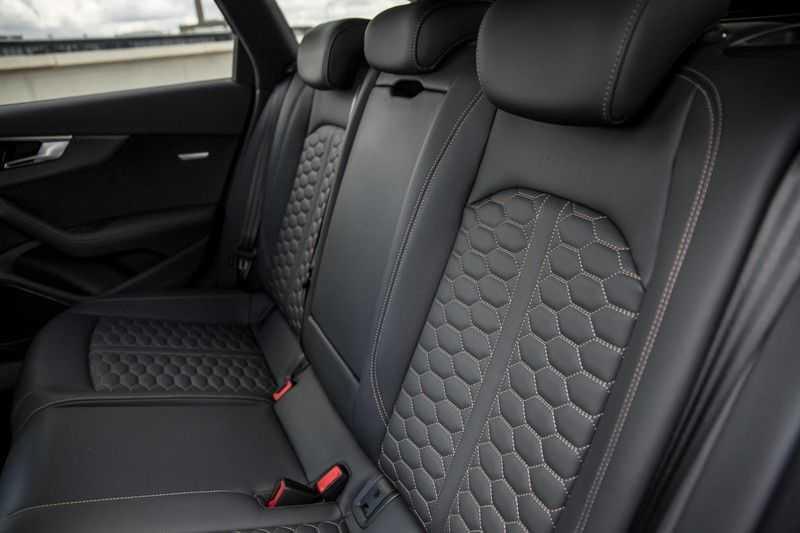 Audi A4 Avant 2.9 TFSI RS4 quattro   450PK   Style pakket Brons   Keramische remschijven   RS Dynamic   B&O   Sportdifferentieel   280 km/h Topsnelheid   afbeelding 9