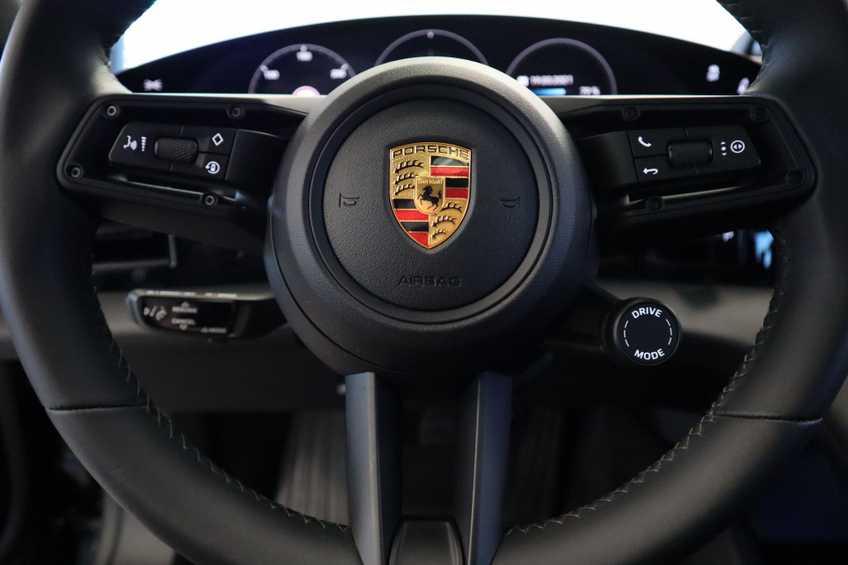 Porsche Taycan 4S Performance 571pk!   Prijs ex.btw 102.950,-   Full-Led Sport-Chrono Panoramadak Warmtepomp *tot 24 maanden garantie (*vraag naar de voorwaarden) afbeelding 36