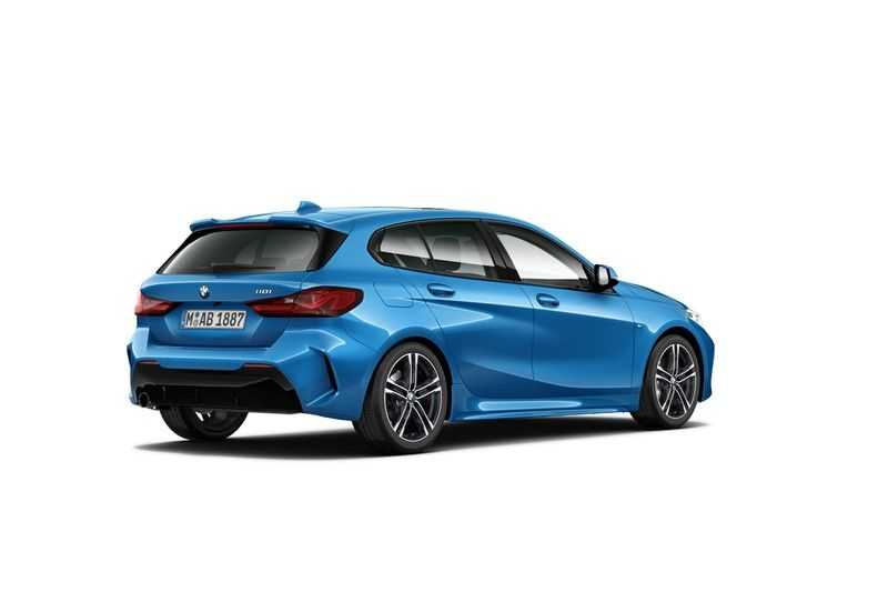 BMW 1 Serie 118i Executive Edition M-Sport afbeelding 6