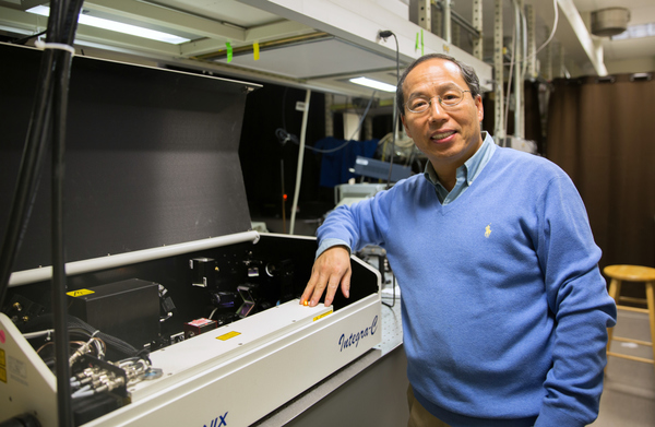 Jin Zhang in his lab