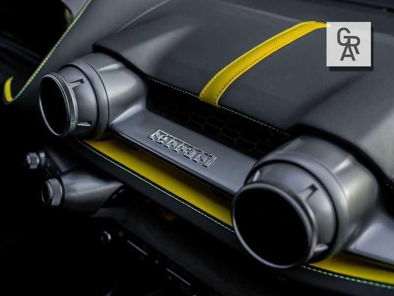 Ferrari 812 Superfast 6.5 V12 HELE   Daytona Carbon Seats   Lift   afbeelding 24
