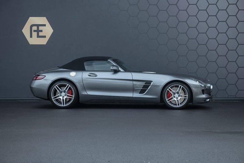 Mercedes-Benz SLS Roadster 6.3 AMG Carbon Pack + MIDDLE GRAY HIMALAYAS + Full Carbon Motor afdekking afbeelding 9