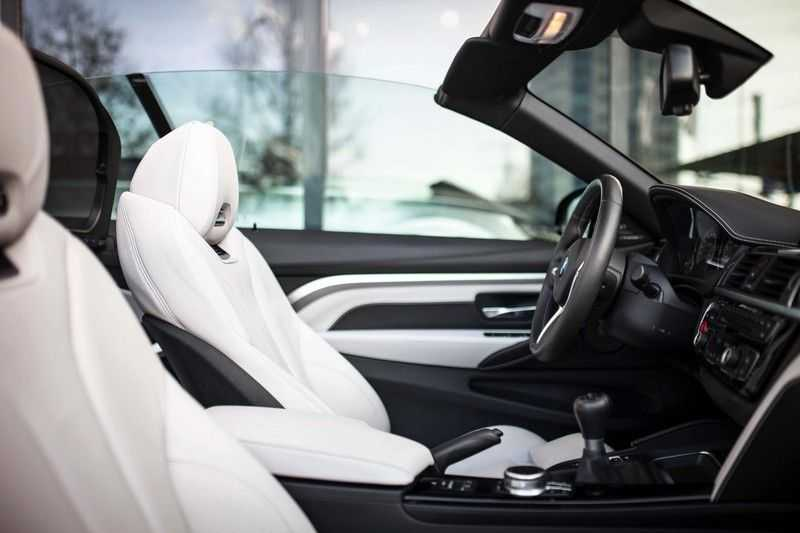 "BMW M4 Cabrio *Handgeschakeld / M-Sportuitlaat / Memory / HUD / 19"" / H&K* afbeelding 5"