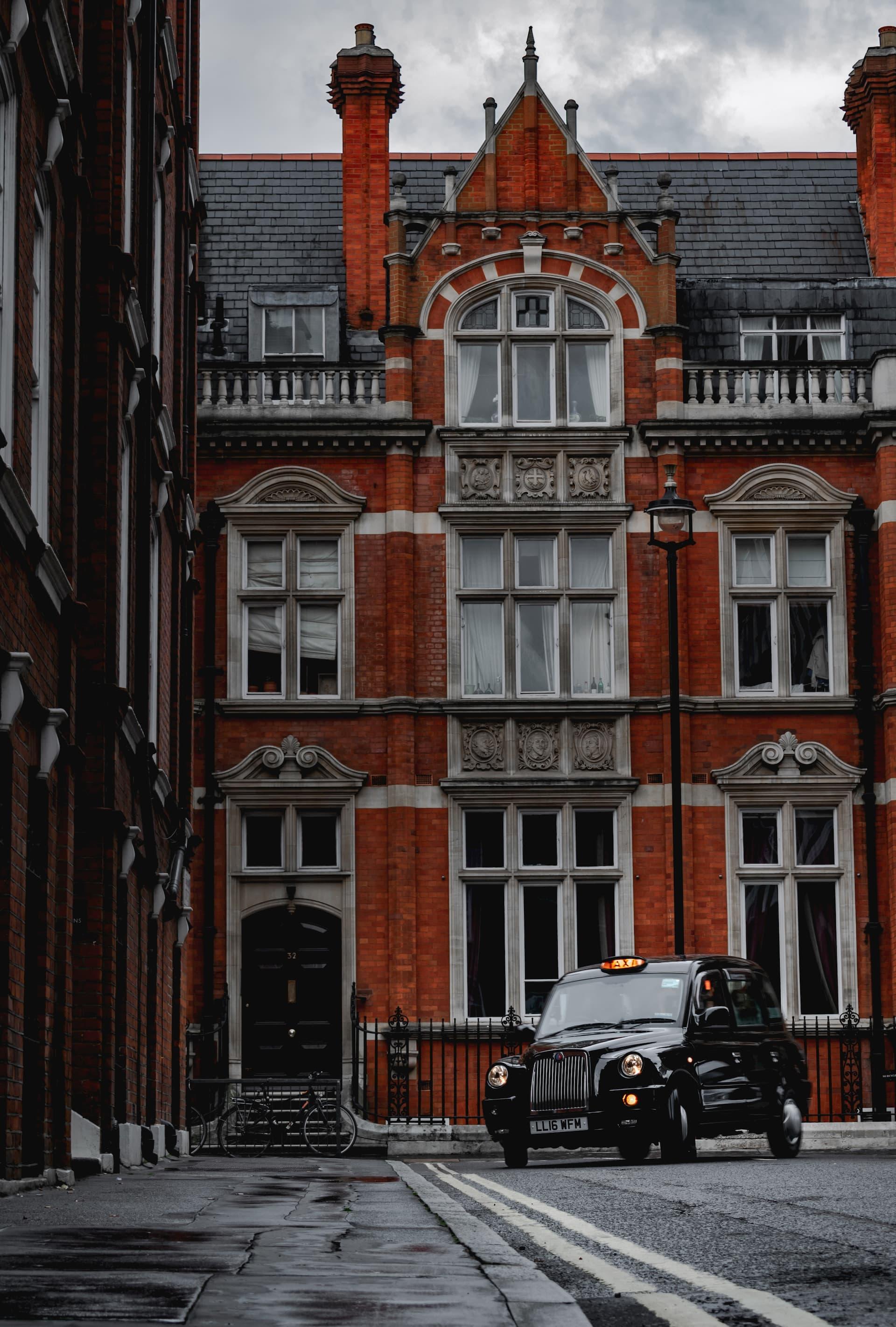 Une image présentant une rue de Londre