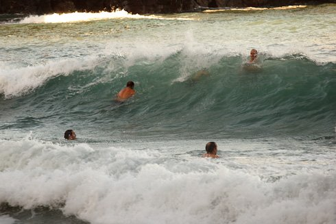 Waves 0985