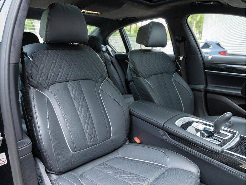 BMW 7 Serie 745e High Executive - M-Sport - 4x Comfortzetel - Stoelventilatie - Volleder afbeelding 16