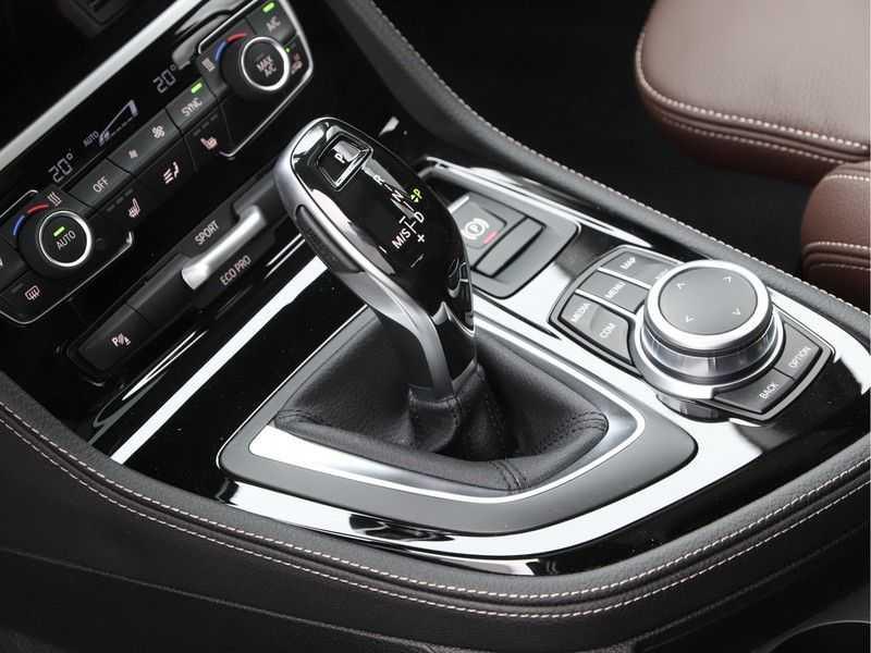 BMW 2 Serie Active Tourer 218i High Executive Luxury Line Panoramadak afbeelding 20