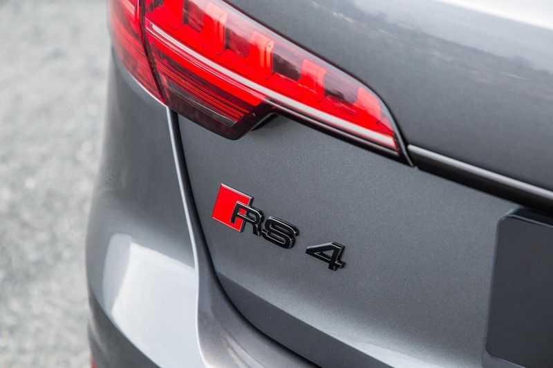 Audi A4 Avant 2.9 TFSI RS 4 quattro afbeelding 10
