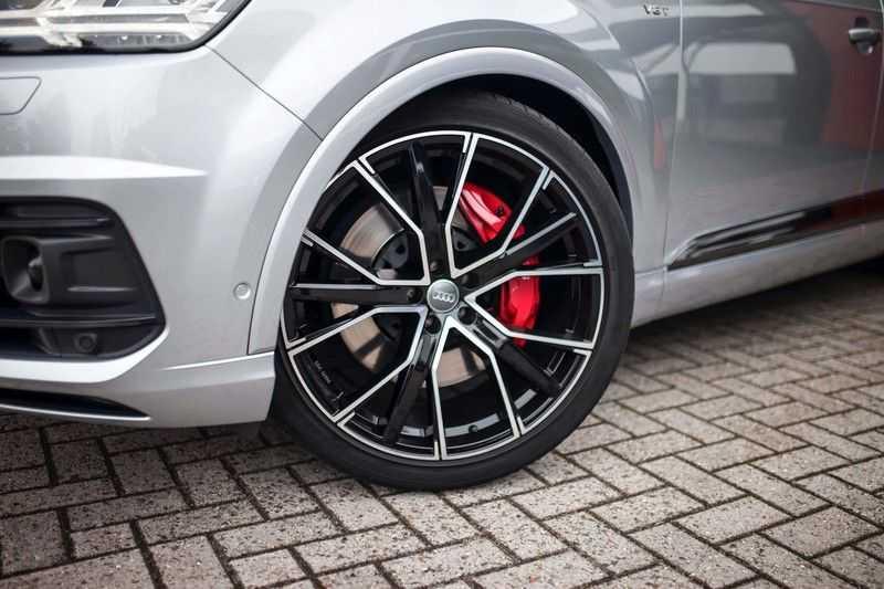 Audi SQ7 4.0 TDI Quattro *4 Wielbesturing / HUD / BOSE / Pano / 360 Camera / Nachtzicht* afbeelding 19