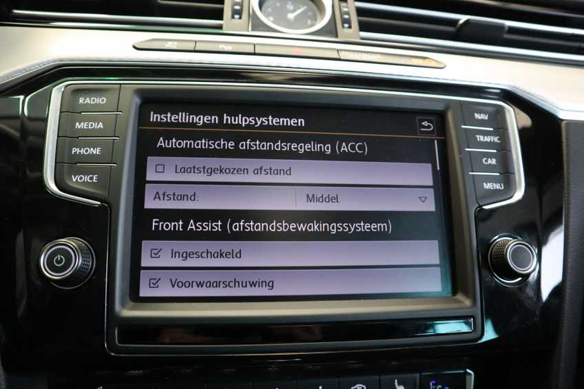 "Volkswagen Passat Variant 1.4 TSI GTE Highline Ex BTW! AD Cruise LED Leder 360 Camera HUD 20""LM afbeelding 11"