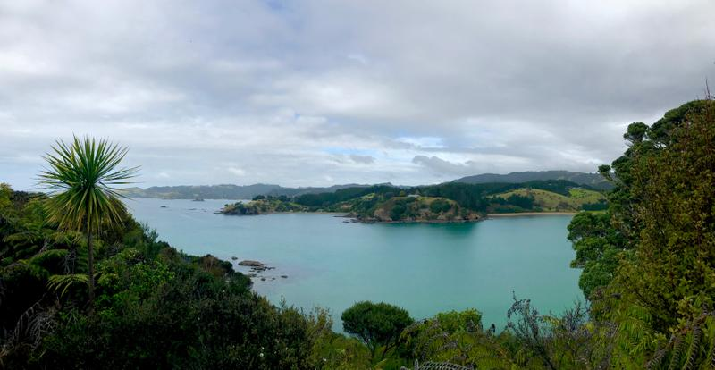 Crystal blue Mahinepua Bay