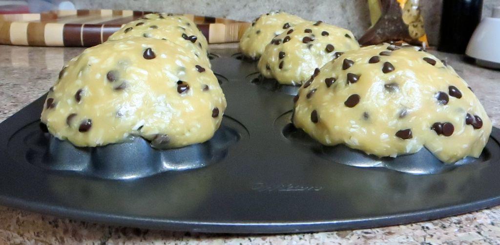 making vegan cookie bowls