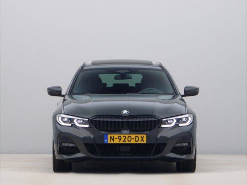 BMW 3 Serie 330Xe Touring High Exe M-Sport Hybrid afbeelding 6