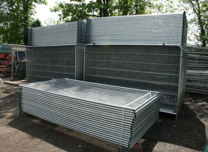 Stacked Temporary Anti-Climb Fencing