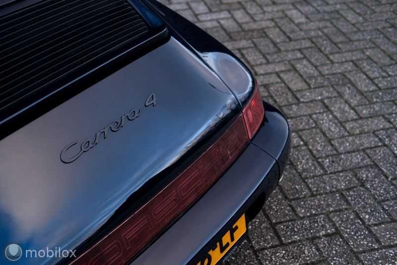 Porsche 911 Coupé 3.6 Carrera 4 afbeelding 18