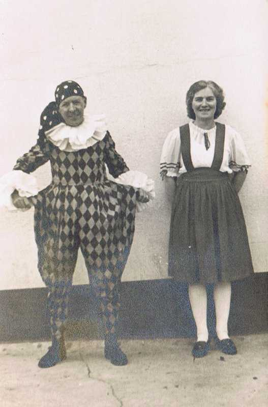 Hilda Davis in later life with her husband Albert Rich dressed for a Pensilva Carnival
