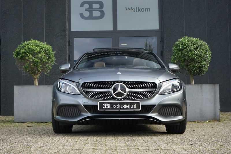 Mercedes-Benz C-Klasse Coupé 300 Prestige afbeelding 11