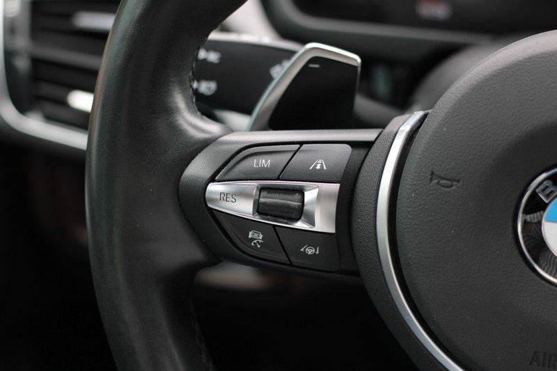 BMW X5 xDrive50i High Executive Pan.dak, Surr. view afbeelding 6