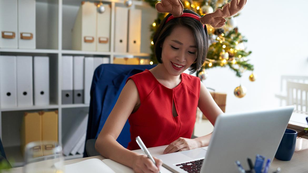 6 Tips For Navigating COVID-19 And Office Holiday Season