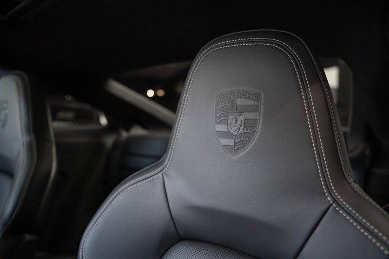 Porsche 911 992 4S Coupe Sport Design Pakket PDCC Ventilatie Pano ACC Surround Camera Achteras besturing 992 Carrera 4 S Vol afbeelding 9