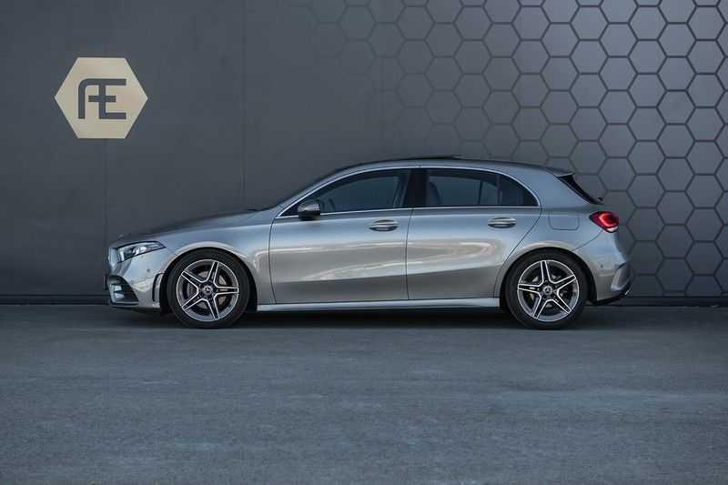 Mercedes-Benz A-Klasse 180 Business Solution AMG Panoramadak + BTW + Nieuwprijs: €43.000 afbeelding 5