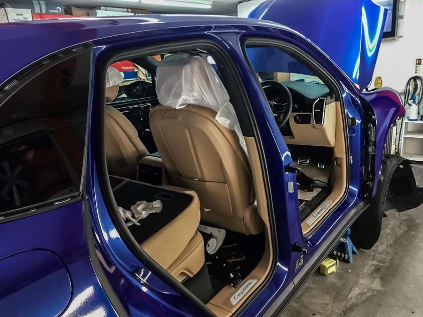 Porsche Cayenne image