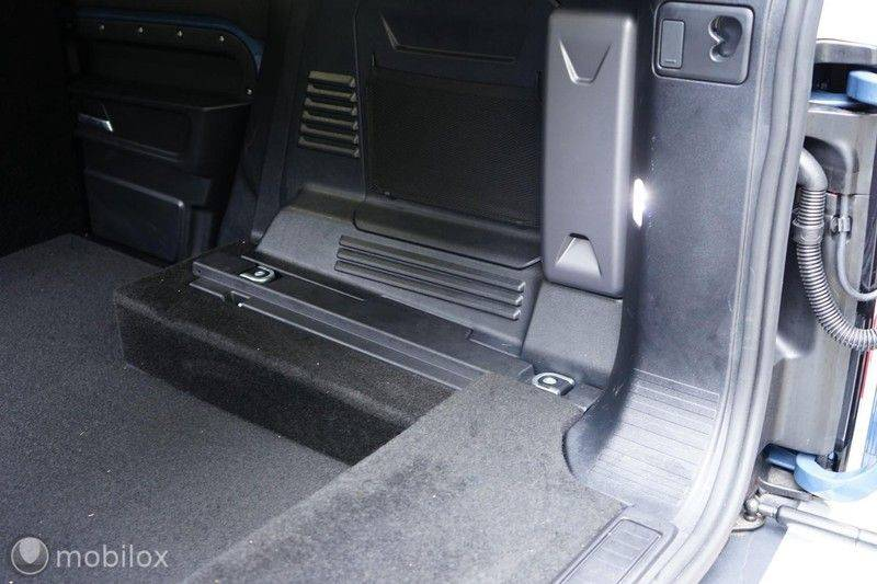 Land Rover Defender 3.0 D250 110 MHEV S | grijs kenteken afbeelding 23