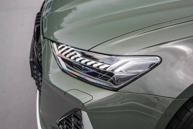 Audi RS6 Avant TFSI 600 pk quattro | 25 jaar RS Package | Dynamic Plus pakket | Keramische Remschijven | Audi Exclusive Lak | Carbon | Pano.dak | Assistentiepakket Tour & City | 360 Camera | 280 km/h afbeelding 22