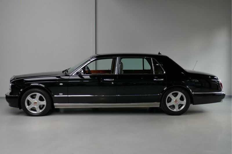 Bentley Arnage 6.8 V8 T Mulliner LWB (1 van 95 st) Youngtimer . afbeelding 8