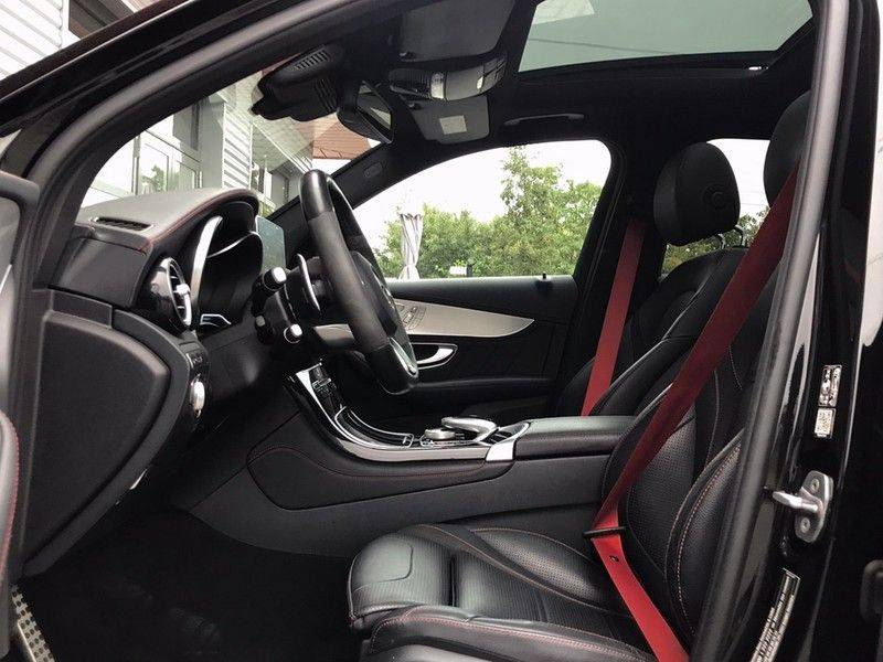 Mercedes-Benz GLC 43 AMG 4MATIC 367PK ACC, Pano, Memory Seats, 360* Camera, Luchtvering, Command Online, Lane Assist, 20INCH afbeelding 5